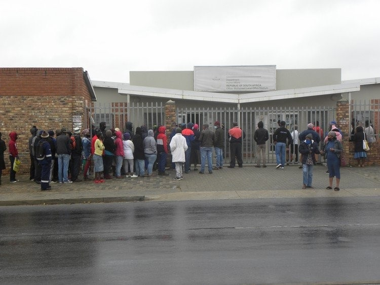 South Africa to allow Zimbabwean Exemption Permit and visas again